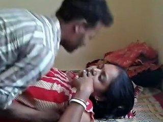 Bangla Boudi Getting Nude For Fuck
