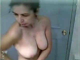 Punjabi Mature Aunty Shower