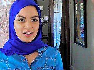 Petite Muslim Girl Gets Twat Fucked By Two Dopey Movers Drtuber